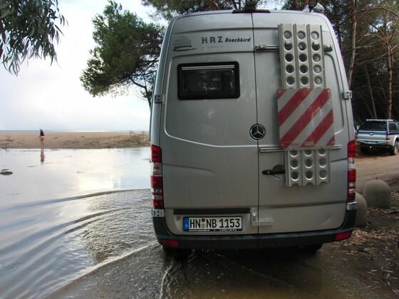 wenn das Wasser den Campingplatz flutet.....